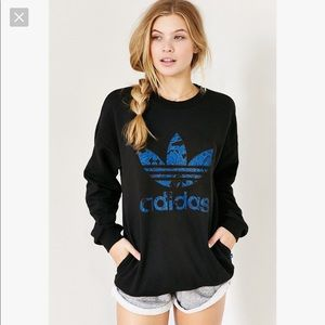 Adidas Women's Blue Floral Sweatshirt